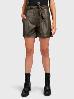 Кожени панталони с колан - 1