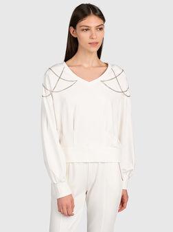 Sweatshirt with jewel chains - 1