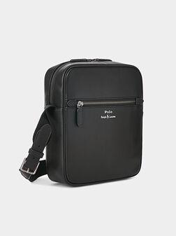Кожена кросбоди чанта - 1