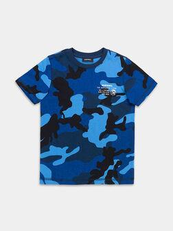 Тениска с камуфлажен принт - 1