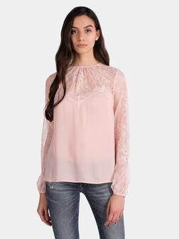 Блуза с дантелени елементи - 1