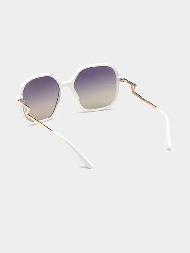 Square white sunglasses - 3