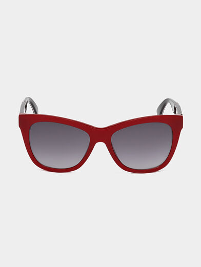 Sunglasses with red frames - 6