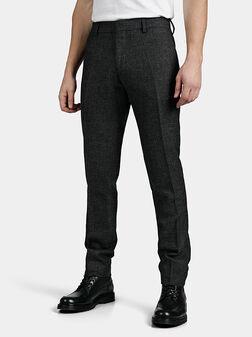 Черен слим панталон BONNIE - 1