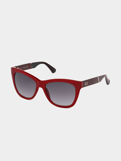Sunglasses with red frames - 1