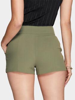 Къси панталони в зелен цвят ANDRE - 1