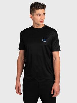 Черна тениска с бродерия - 1