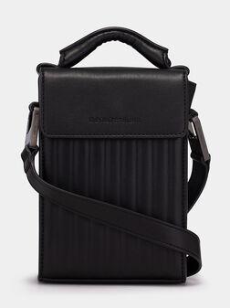 Кожена кросбоди чанта с лого детайл - 1