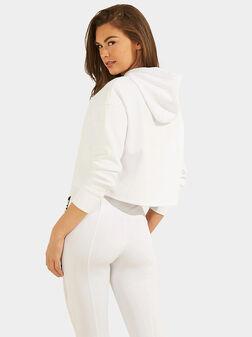 Суитшърт в бял цвят - 1