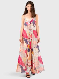 Дълга рокля с тънки презрамки - 1
