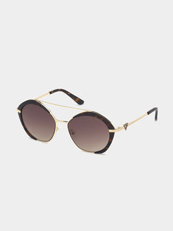 Sunglasses with brown glasses and gold frames - 1