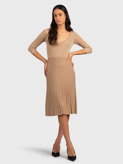 Плетена рокля със златисти нишки - 1