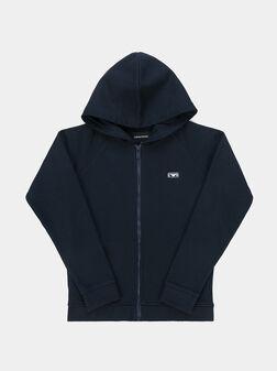 Sweatshirt with zipper and hood - 1