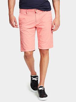 MYRON Къси панталони в цвят корал - 1