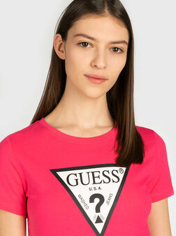 Памучна тениска с лого в розов цвят - 1