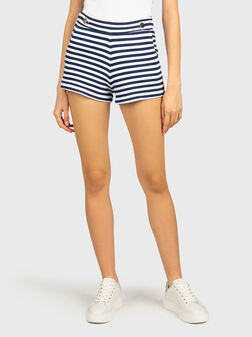 Къси панталони с принт райе - 1