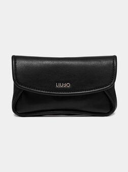 Черна чанта за кръст с метални детайли - 1