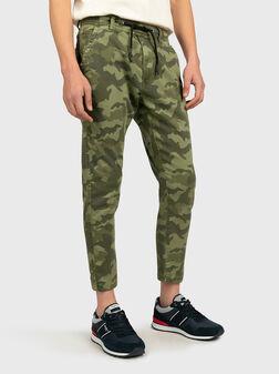 Панталон JOHNSON с камуфлажен принт - 1