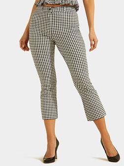 Скъсен панталон STEPH с принт каре - 1