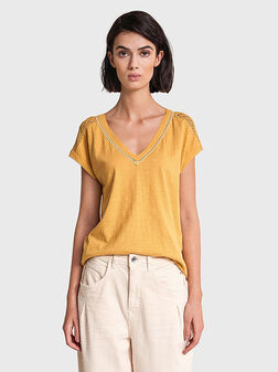 Памучна блуза в жълт цвят - 1