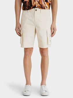 Къси панталони със странични джобове - 1
