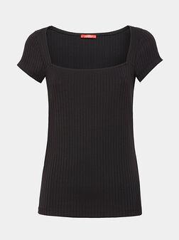 Тениска в черен цвят - 1
