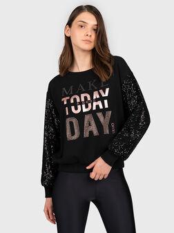 Sweatshirt with sequins - 1