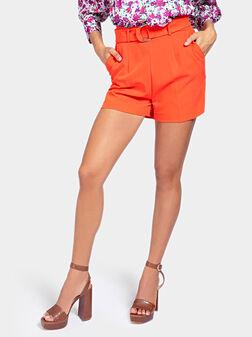 Къси панталони SUZY в оранжев цвят - 1