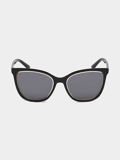 Glasses with black frames and logo detail - 6