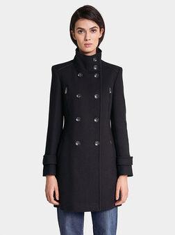 Палто с декоративни детайли - 1