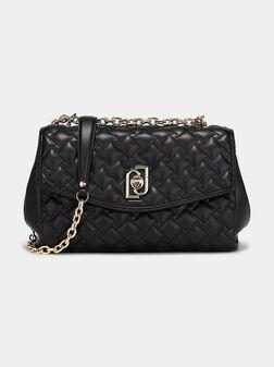 Кросбоди чанта със златиста закопчалка - 1