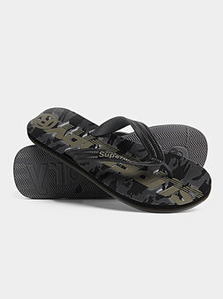 Flip flops with camouflage print - 1