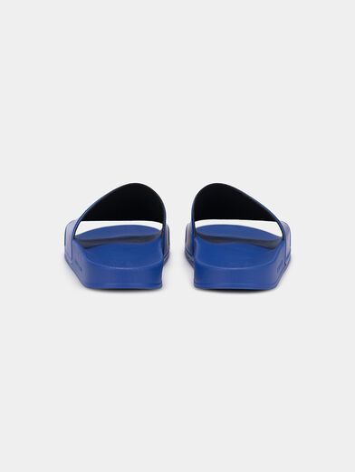 KONDO slides in blue with a contrasting logo - 4