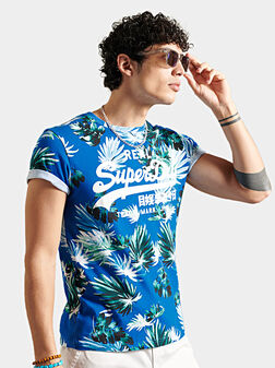 Blue T-shirt with floral print - 1