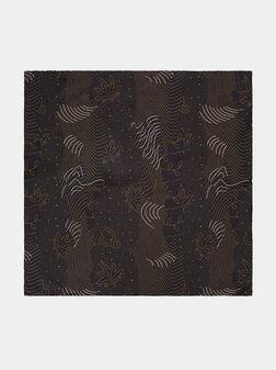Копринена кърпичка в черен цвят - 1