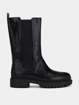 BETTLE CITY Boots - 1