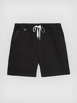 Черни къси панталони - 1