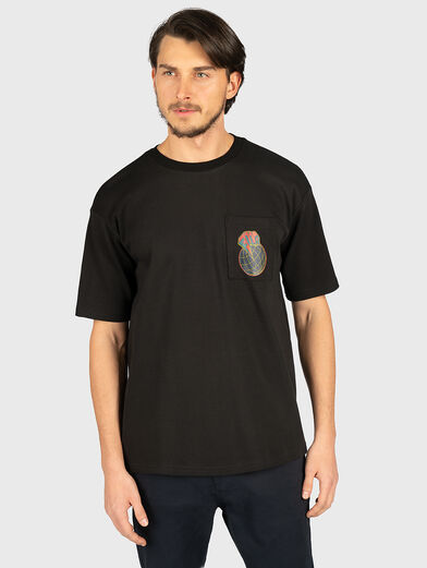 RAUM T-shirt in black - 1