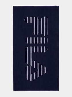 Beach towel with contrasting logo - 1