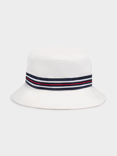 White bucket hat - 2