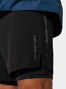 Двуслоен къс панталон за спорт - 1