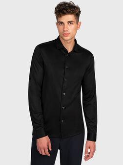 Черна риза - 1