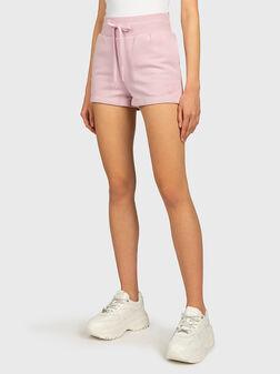 Памучни къси панталони с лого - 1