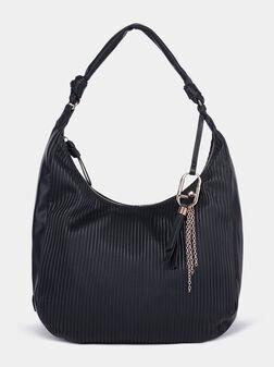 Черна чанта за рамо с метална лого висулка - 1