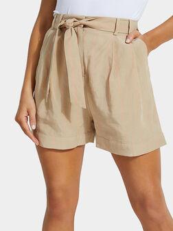 Къси панталони от лиосел HILENA - 1