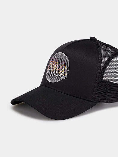 Baseball cap with logo - 3
