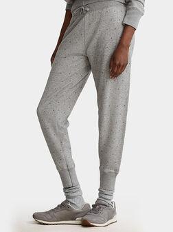 Спортен панталон с декоративни елементи - 1