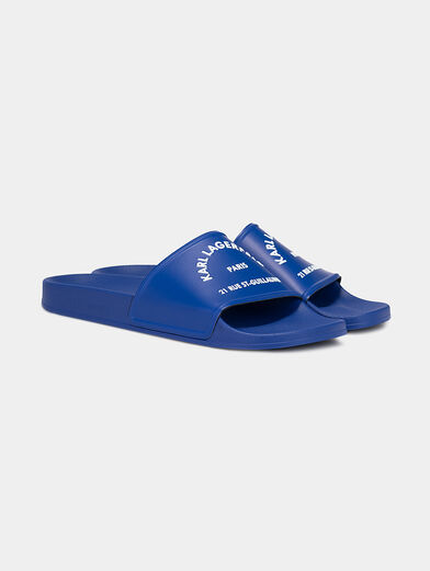 KONDO slides in blue with a contrasting logo - 2