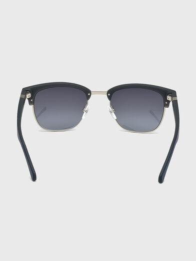 Sunglasses with logo - 4