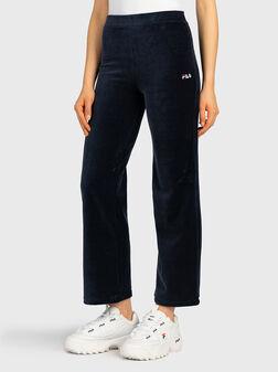 Скъсен кадифен панталон BIAN - 1